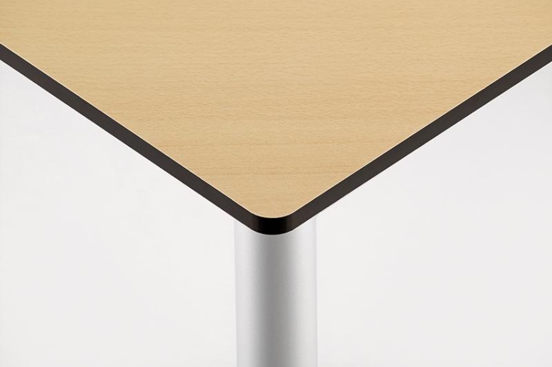 Dreieckiger Tisch Vollkern 127 X 90 X 90 Pxf V